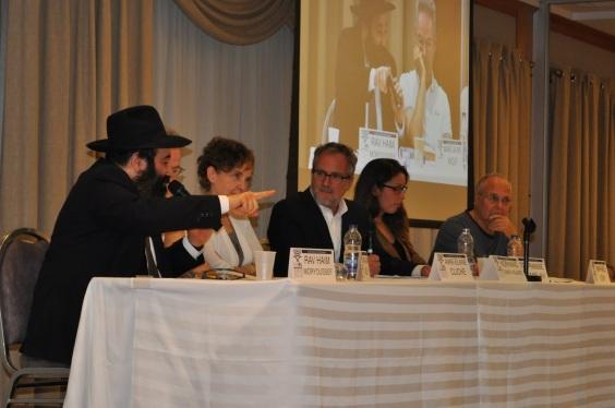 Le Rav Moryoussef au premier salon du livre juif de Montréal